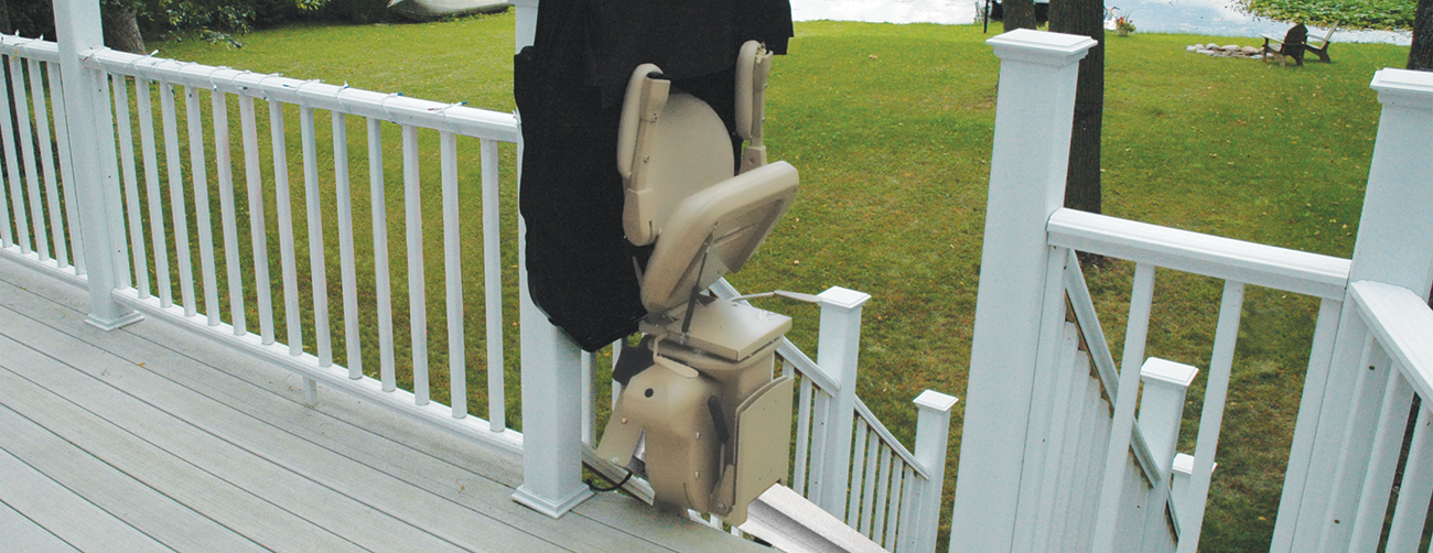 KRAUS outdoor outside exterior chair stair lift